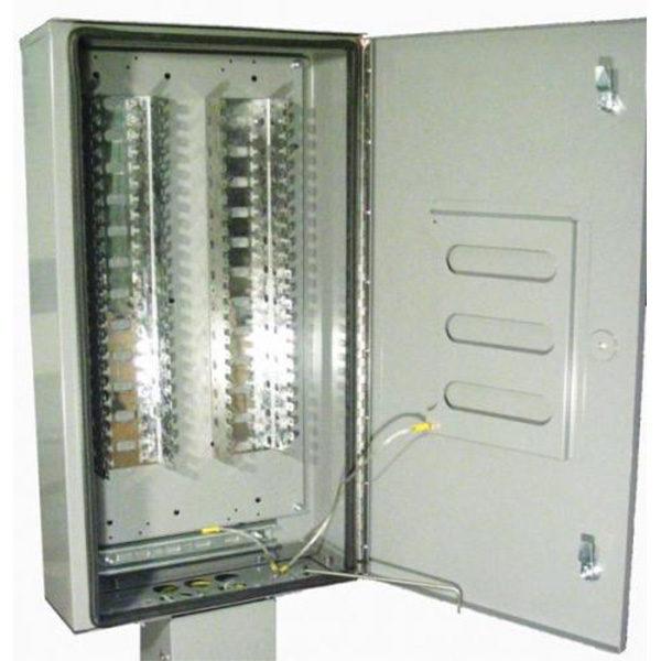 560 Pair Weatherproof Pole Box